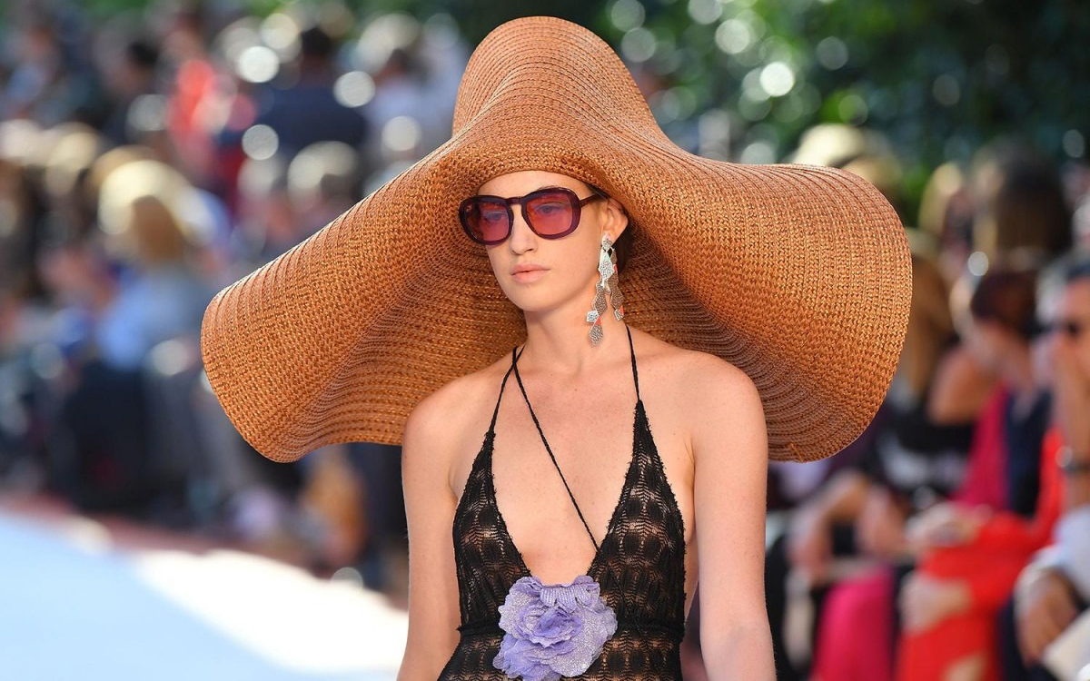 2019 Summer Fashion Style, Straw Hat Has Become The Key To Modeling